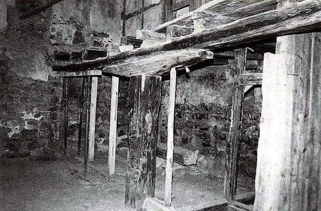 Contexte historique ch teau de la roche ollon vd - La chambre des officiers contexte historique ...